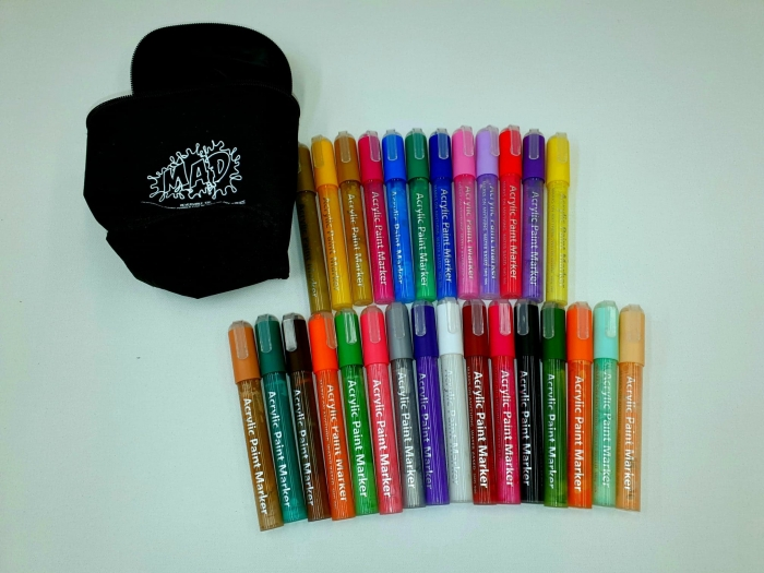 MAD Acrylic Pen Markers