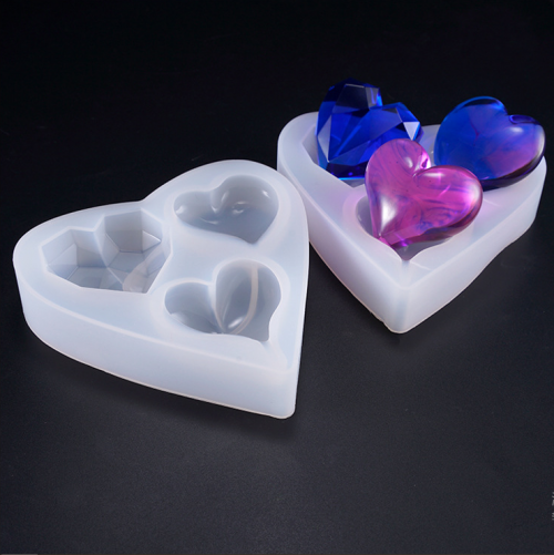 MAD Triple Heart Mold